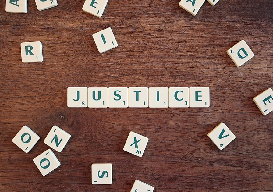 ブログで正義の主張をする
